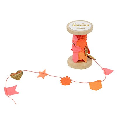 Garland on spool - pink