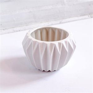 Ceramic Fluted Flower Pot - white