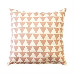 Coussin triangles - rose