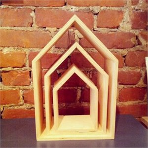 Wooden house - peach (large)